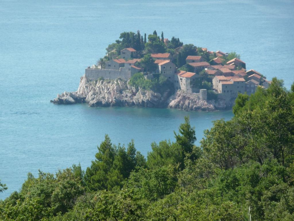 Sveti Stefan, village sur l'Adriatique