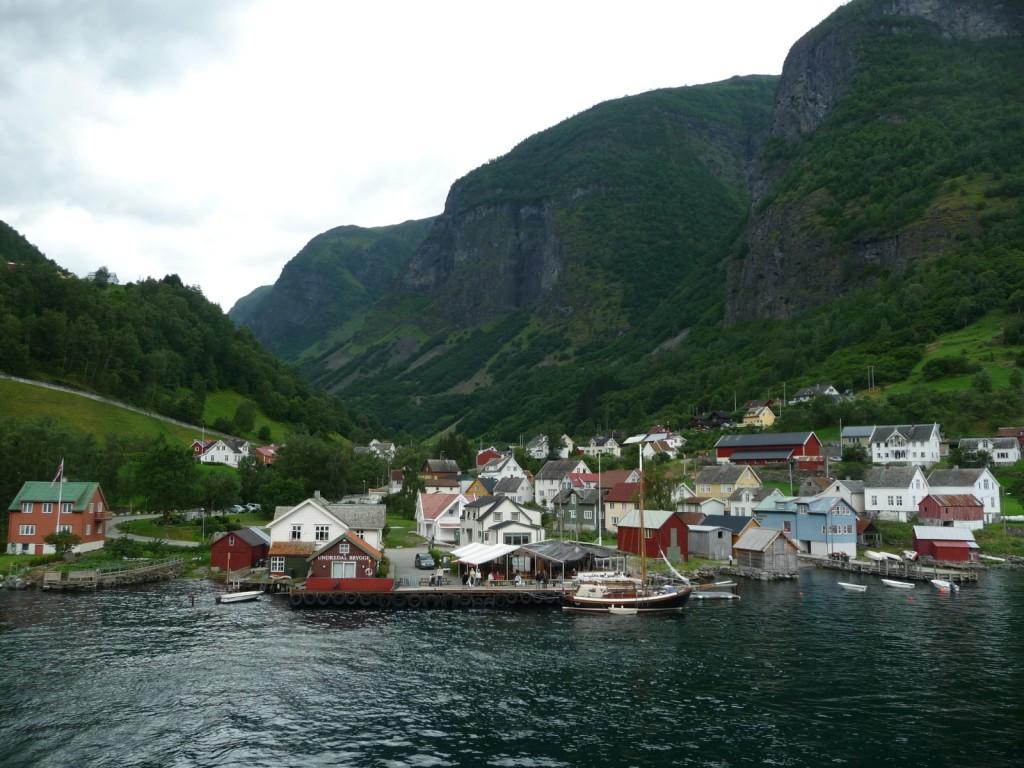 Un village au bord du Nærøyfjord