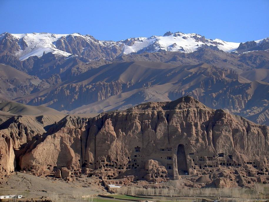Les emplacements vides des Bouddhas de Bamiyyan par NRio