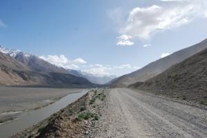 La vallée de Wakhan entre l'Afghanistan et le Tadjikistan par sugarmelon