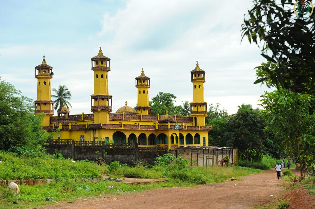 Une mosquée au Sierra-Leone par Mustafa Ozturk