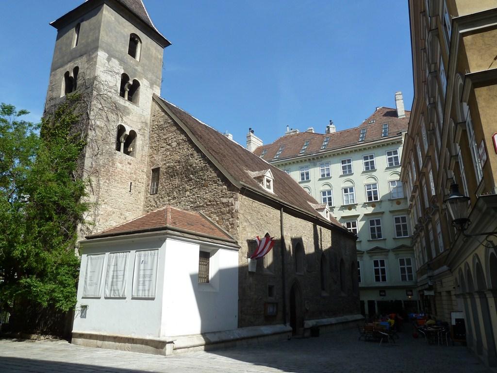 Une des multiples petites églises de Vienne