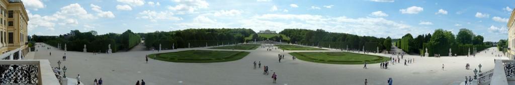 Panorama sur les jardins de Schonbrunn (cliquez pour zoomer)