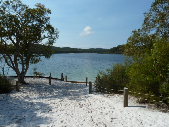 Un lac naturel sur Fraser Island